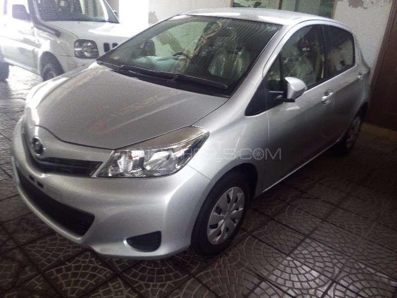 Toyota Vitz U 1.0 2013 Image-3