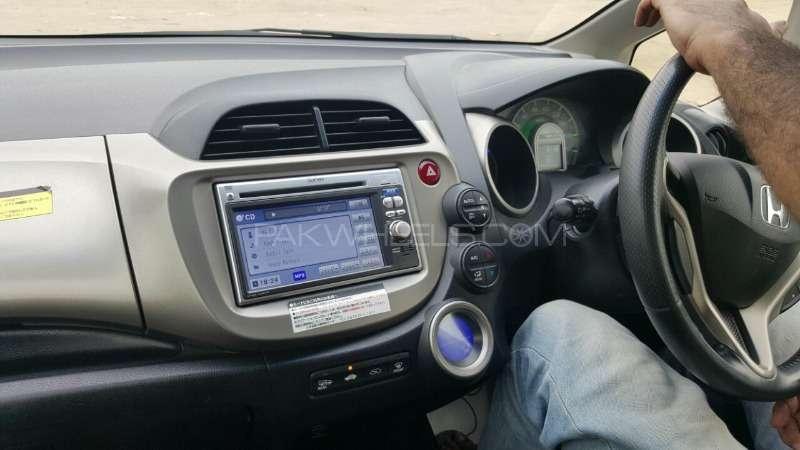 Honda Fit Hybrid 10th Anniversary 2012 Image-14