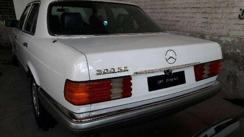 Mercedes Benz S Class 300SE 1988 Image-6
