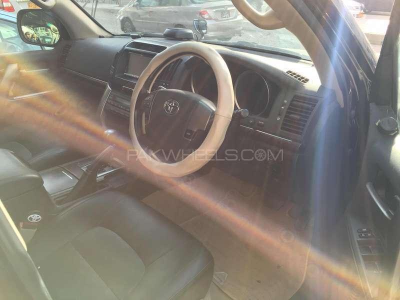 Toyota Land Cruiser AX 2009 Image-5