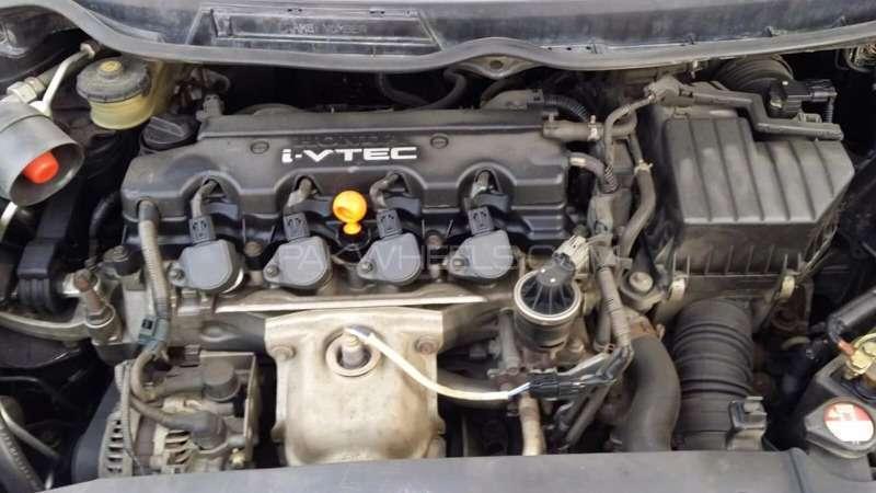 Honda Civic VTi Prosmatec 1.8 i-VTEC 2008 Image-4