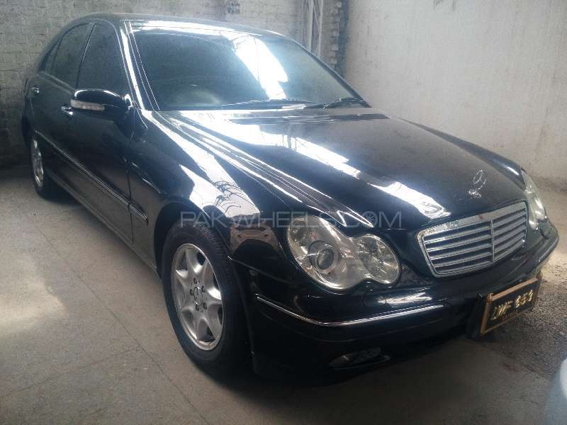 mercedes benz c class c200 cdi 2003 for sale in peshawar pakwheels. Black Bedroom Furniture Sets. Home Design Ideas