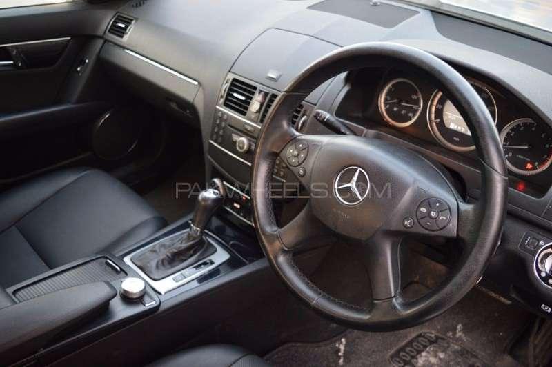 Mercedes Benz C Class C180 2008 Image-15