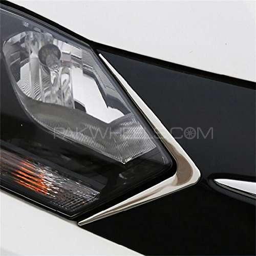 Head Light Trim For Honda Vezel Image-1