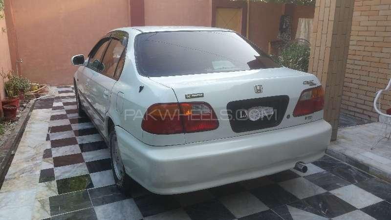 Honda Civic VTi 1.6 1999 Image-4