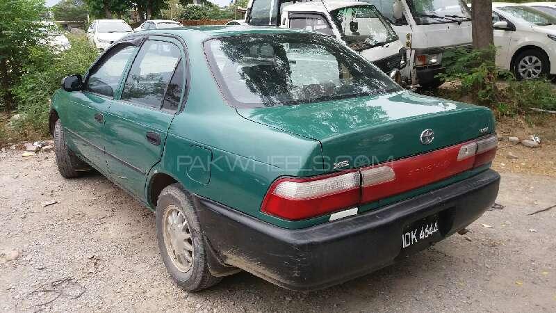 Toyota Corolla XE 1995 Image-4