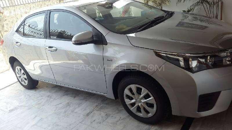Toyota Corolla GLi Automatic 1.3 VVTi 2016 Image-2