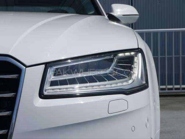 Audi A8 4.2 FSI Quattro 2015 Image-6