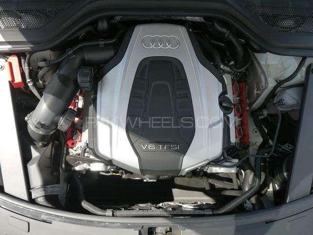 Audi A8 4.2 FSI Quattro 2015 Image-8