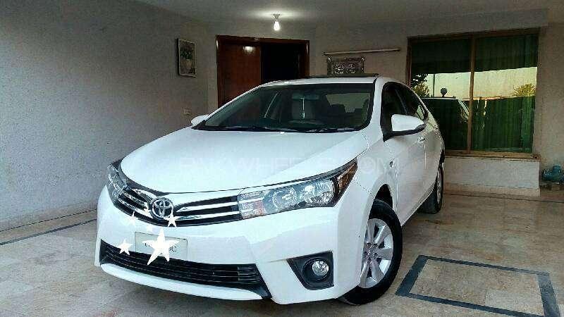 Toyota Corolla Altis Grande 1.8 2014 Image-4