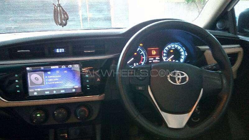 Toyota Corolla Altis Grande 1.8 2014 Image-13