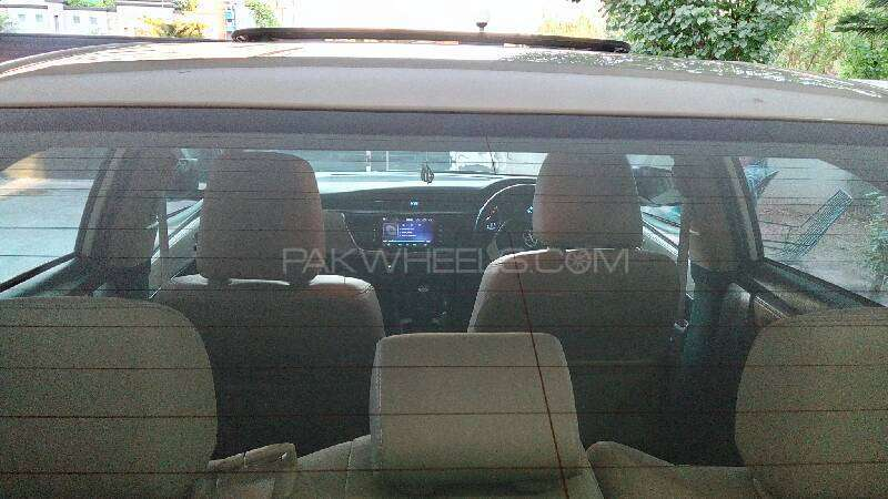 Toyota Corolla Altis Grande 1.8 2014 Image-17