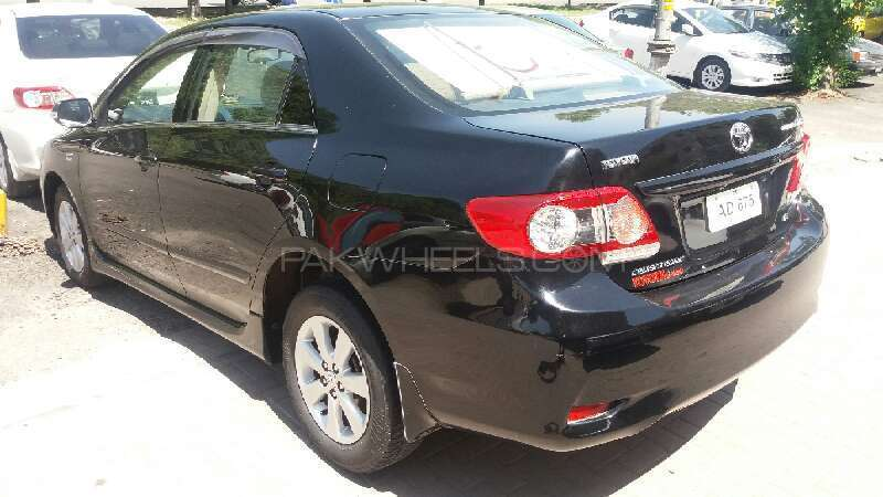 Toyota Corolla Altis Cruisetronic 1.8 2013 Image-2
