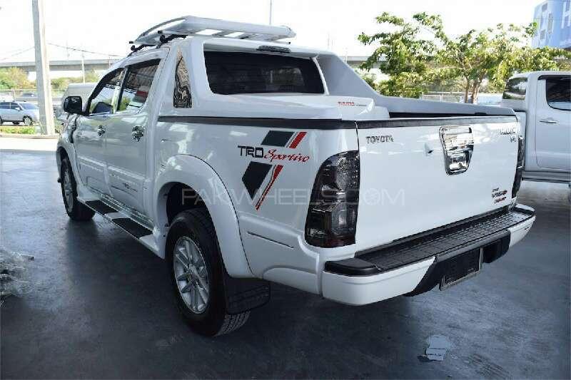 Toyota Hilux Vigo Champ G 2012 Image-7