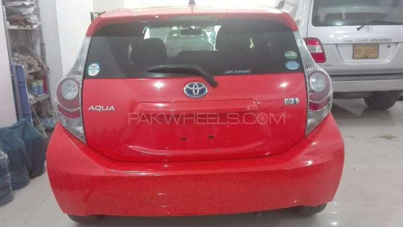 Toyota Aqua S 2013 Image-7