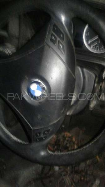 Stearing Airbag of Bmw 3 series Image-1