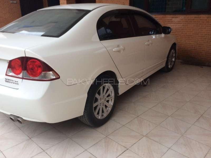 Honda Civic VTi Oriel Prosmatec 1.8 i-VTEC 2010 Image-2
