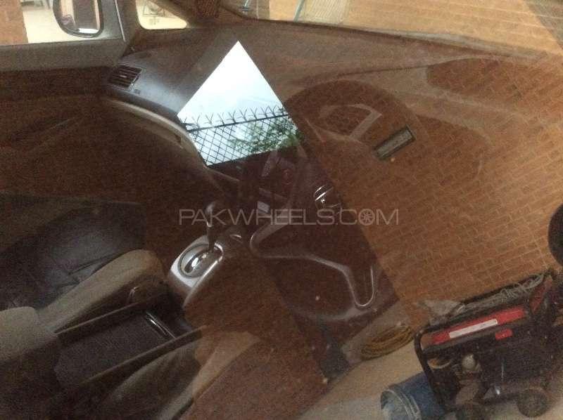 Honda Civic VTi Oriel Prosmatec 1.8 i-VTEC 2010 Image-5