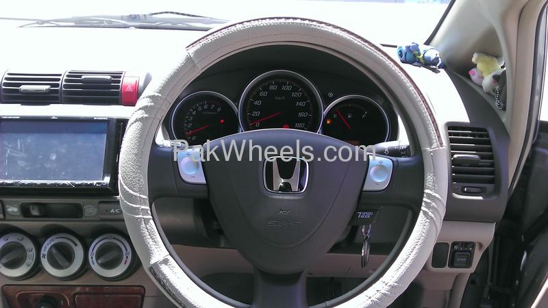 Honda Fit 2006 Image-3
