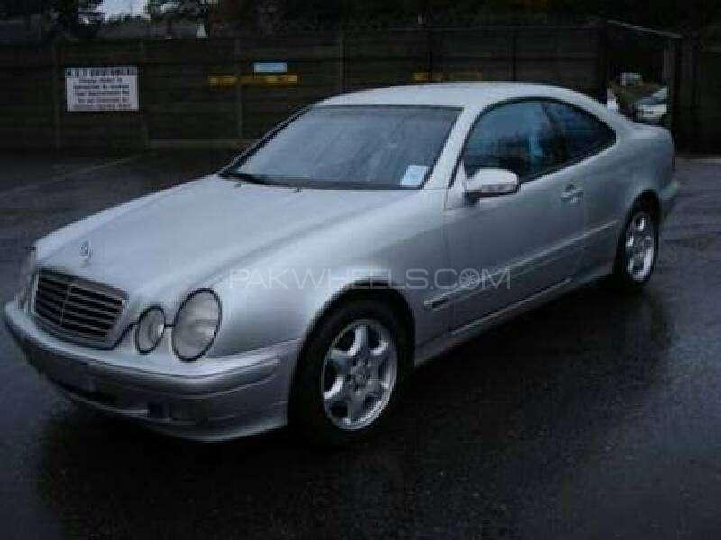 Mercedes Benz CLK Class 2002 Image-1