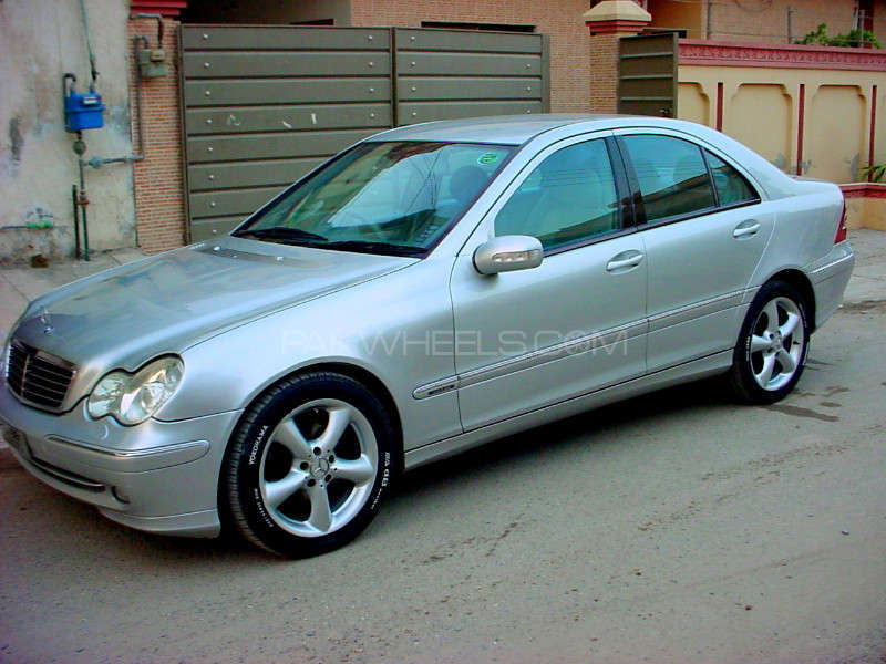 mercedes benz c class c220 cdi 2001 for sale in lahore. Black Bedroom Furniture Sets. Home Design Ideas