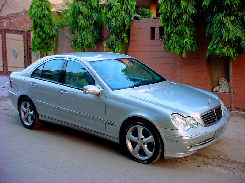 mercedes benz c class c220 cdi 2001 for sale in lahore pakwheels. Black Bedroom Furniture Sets. Home Design Ideas