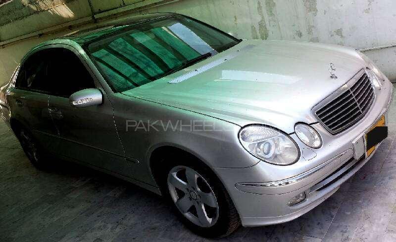Mercedes Benz E Class E240 2005 Image-1