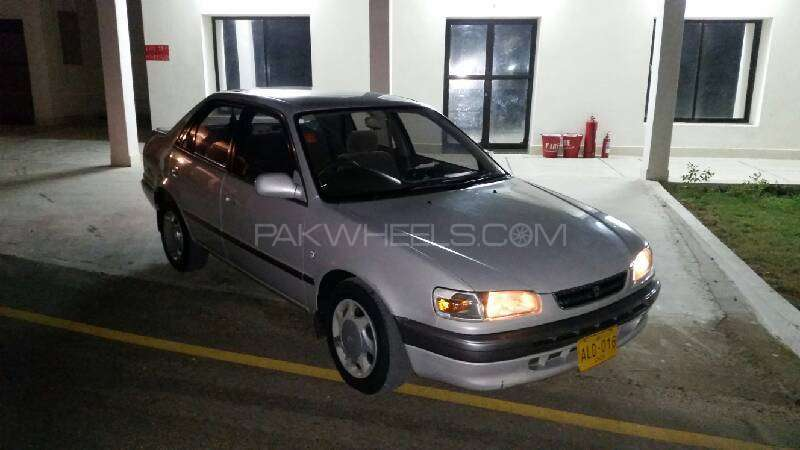 Toyota Corolla SE Limited 1996 Image-1