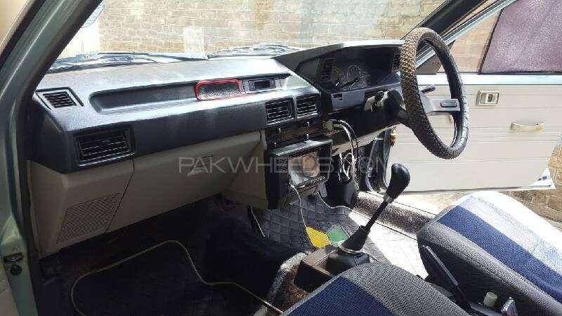 Toyota Corolla DX Saloon 1983 Image-10
