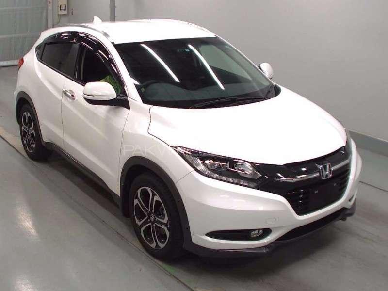 Honda Vezel S 2013 Image-1