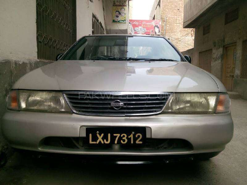 Nissan Sunny 1999 Image-1