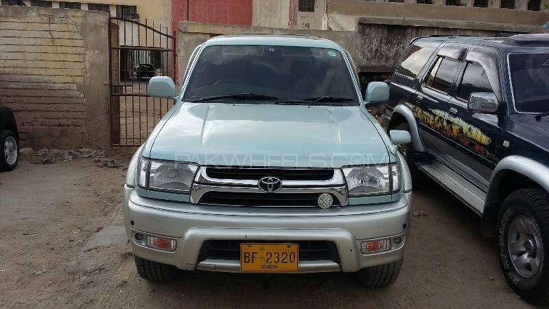 Toyota Hilux 1999 Image-1