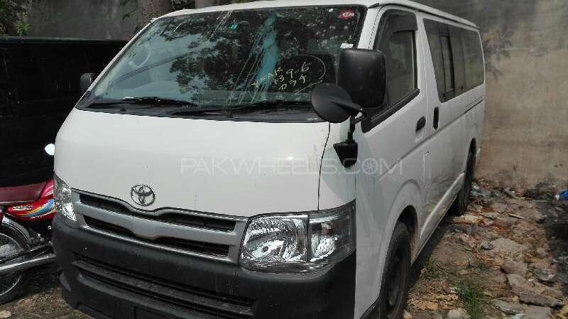 Toyota Hiace GL 2013 Image-1