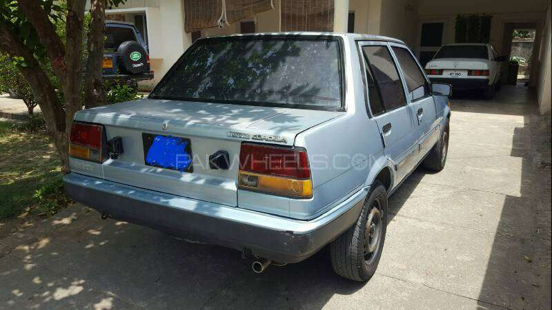 Toyota Corolla DX Saloon 1983 Image-18