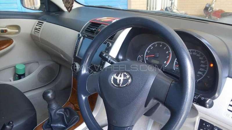 Toyota Corolla GLi 1.3 VVTi 2011 Image-14