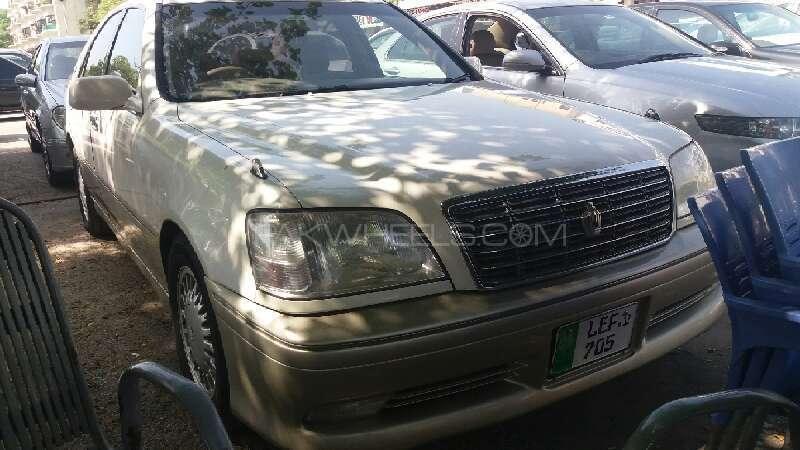Toyota Crown Royal Saloon G 2003 Image-1