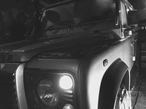 Slide_land-rover-defender-110-2006-12344997