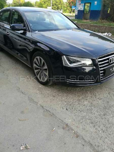 audi a8 3 0 tfsi quattro 2010 for sale in islamabad pakwheels. Black Bedroom Furniture Sets. Home Design Ideas