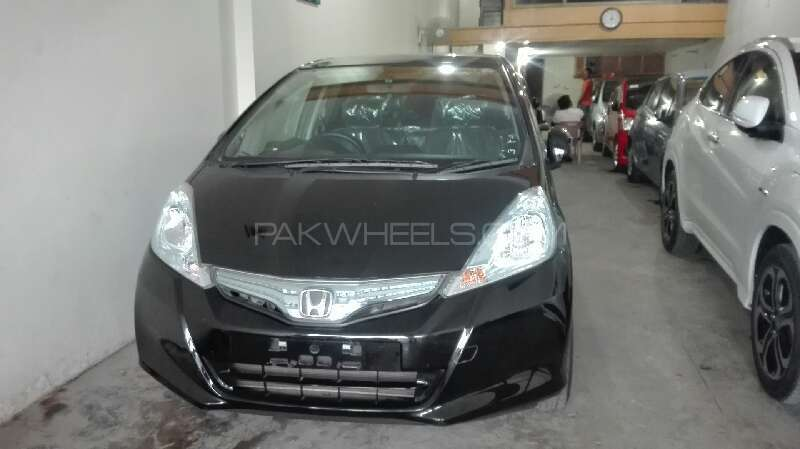Honda Fit Hybrid Base Grade 1.3 2011 Image-1