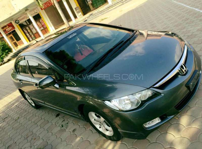 Honda Civic VTi Oriel 1.8 i-VTEC 2012 Image-9