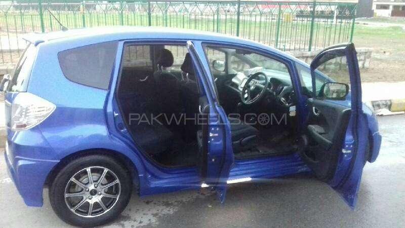 Honda Fit Hybrid Navi Premium Selection 2011 Image-9