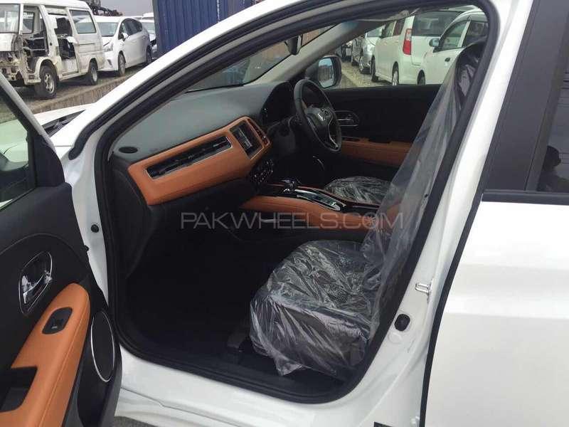 Honda Vezel Hybrid Z Honda Sensing  2016 Image-7