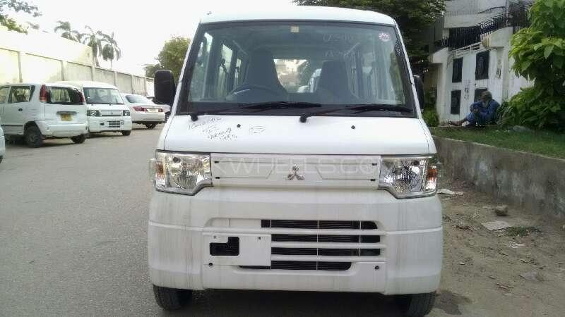 Mitsubishi Minica 2012 Image-1