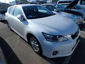 Slide_lexus-ct200h-version-c-2012-12775661