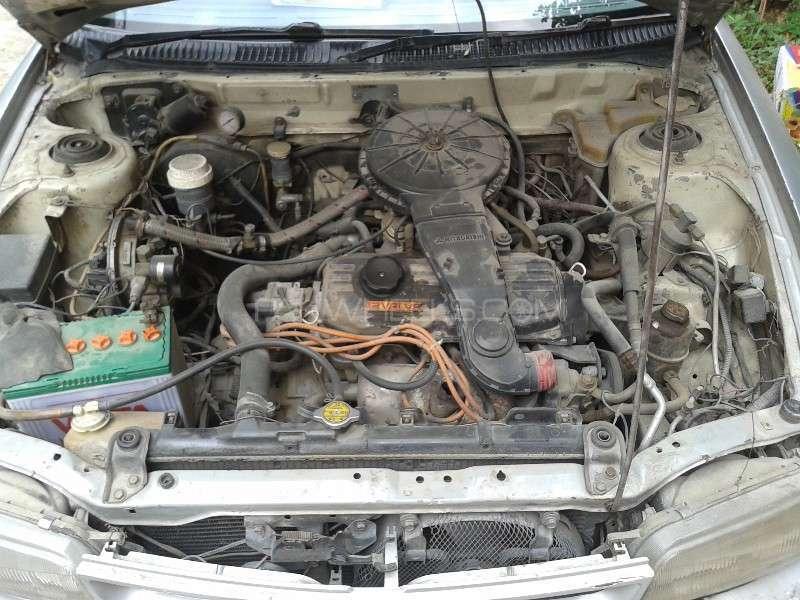 Mitsubishi Lancer GL 1993 Image-16
