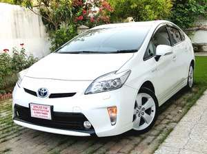 Toyota Prius S Touring Selection 1.8 2013 for Sale in Islamabad