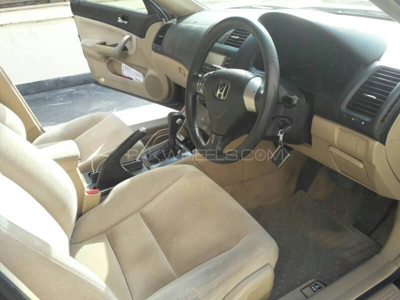 Honda Accord CL7 2004 Image-9