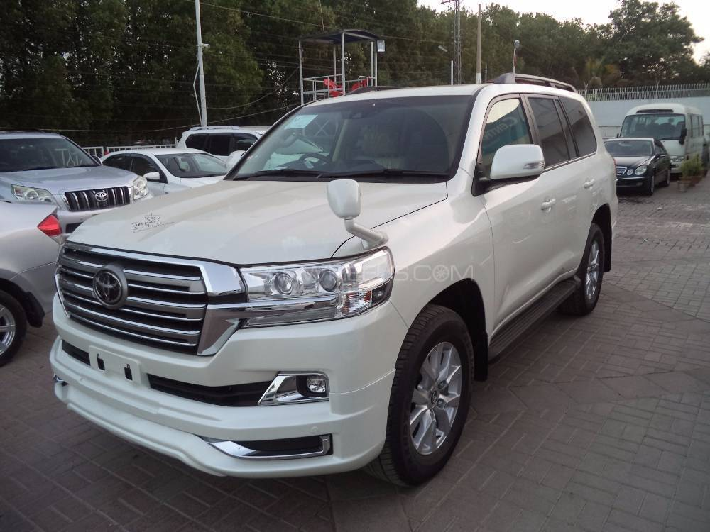 Toyota Land Cruiser AX 2016 for sale in Karachi | PakWheels