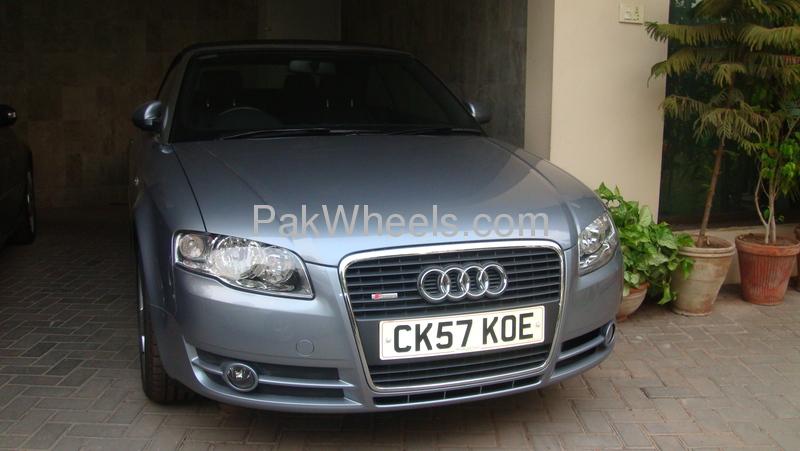 Audi A4 2008 Image-2