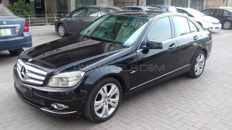 mercedes benz c class c250 2010 for sale in lahore pakwheels. Black Bedroom Furniture Sets. Home Design Ideas